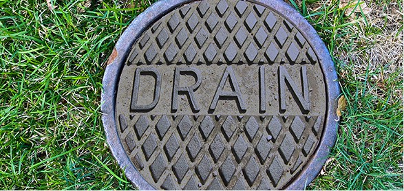 sewer drain cleaning service showing cap